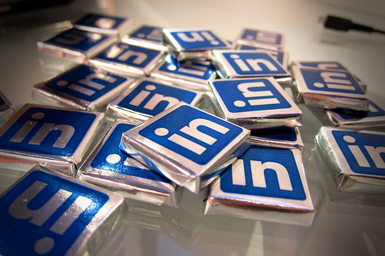 How to use LinkedIn for Your Job Search | www.workwiseasia.com