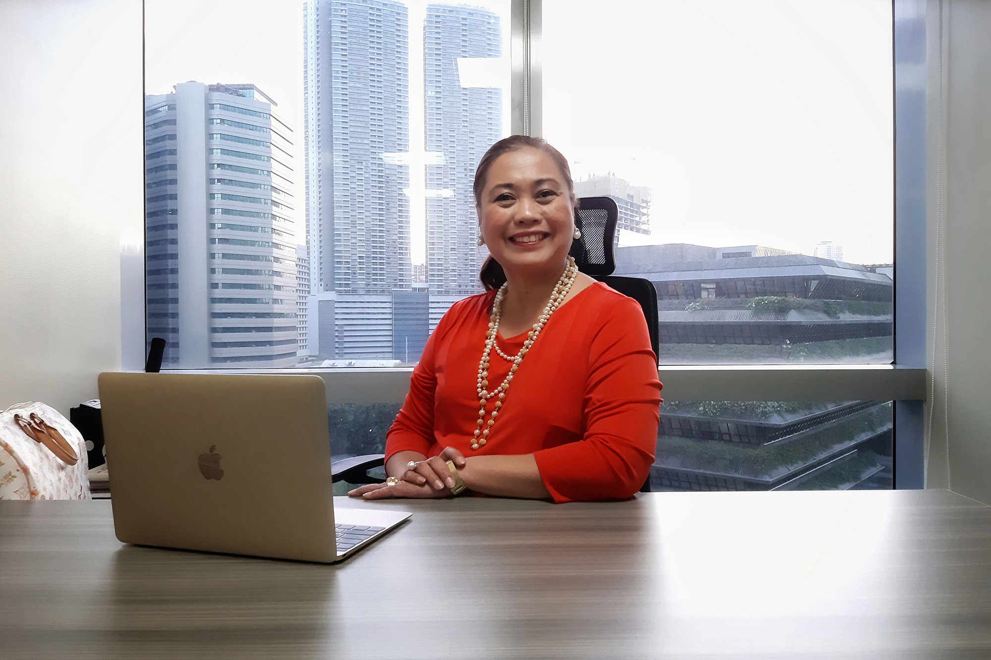 Ma. Victoria Lualhati Nabs Most Influential Filipina Woman in the World Award